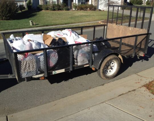 Baltimore's Best Dumpster Removal Services-Trash Hauling-We Offer Residential and Commercial Dumpster Removal Services, Dumpster Rentals, Bulk Trash, Demolition Removal, Junk Hauling, Rubbish Removal, Waste Containers, Debris Removal, 10 Yard Containers, 15 Yard to 20 Yard to 30 Yard to 40 Yard Container Rentals, and much more!